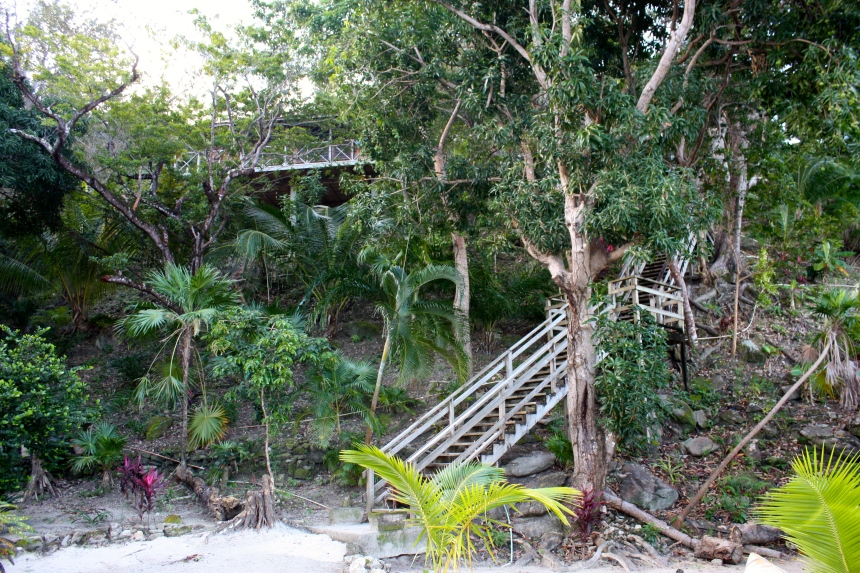 Hill side cabin/rooms Guanaja Island Club aka The End of The World resort